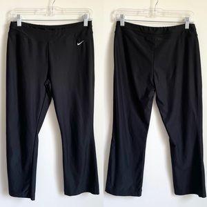 Nike Fit Dry Cropped Capri Pants Black Small